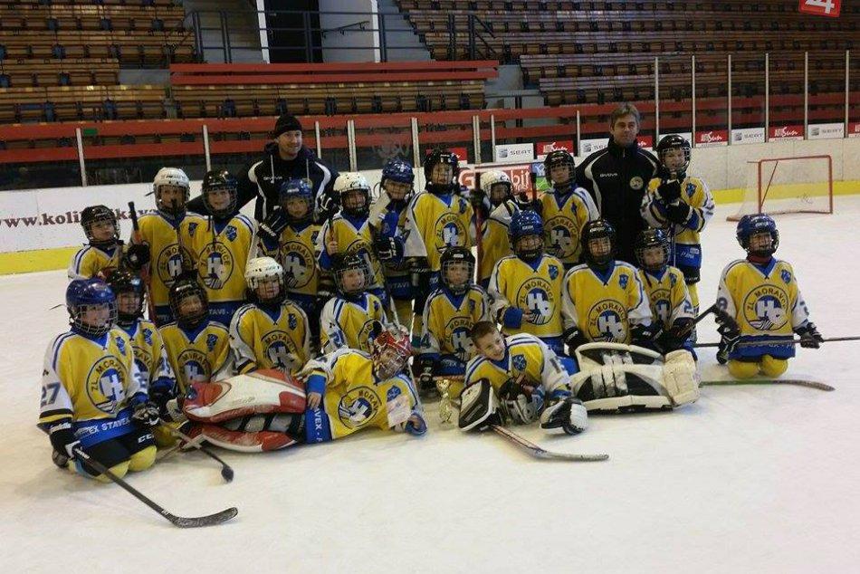Novoročný úspech: Mladí hokejisti z Moraviec si vybojovali krásne tretie miesto