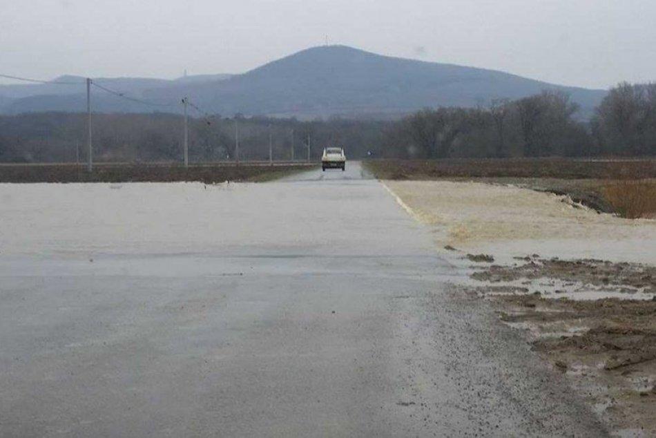 FOTO z miesta: Vybreženia Hornádu pri obci Kechnec