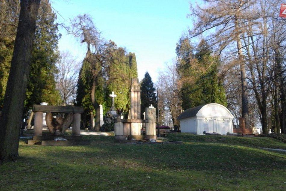 Za bránami Národného cintorína