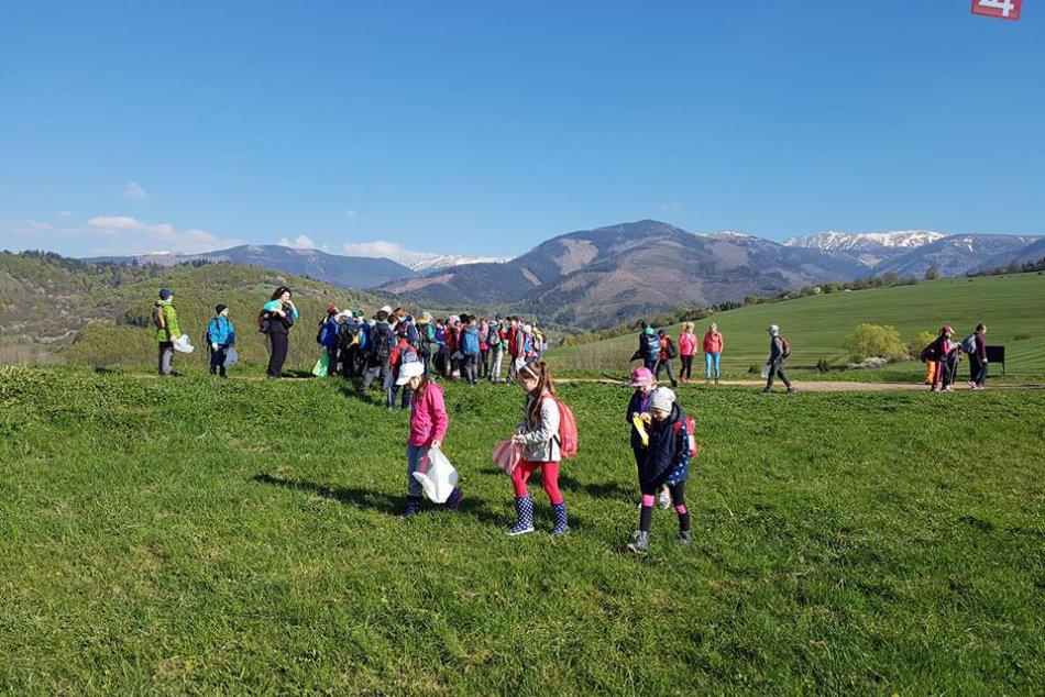 Ked deti idú príkladom: Breznianski školáci zbierali odpadky