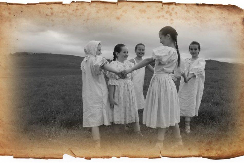 """""""Od deda, po teba"""": Hry, ktoré sa hrali naši predkovia"""