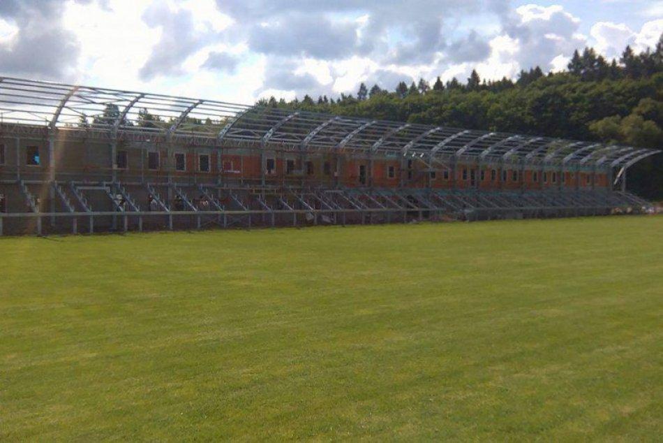 Priebeh výstavby nového futbalového stánku