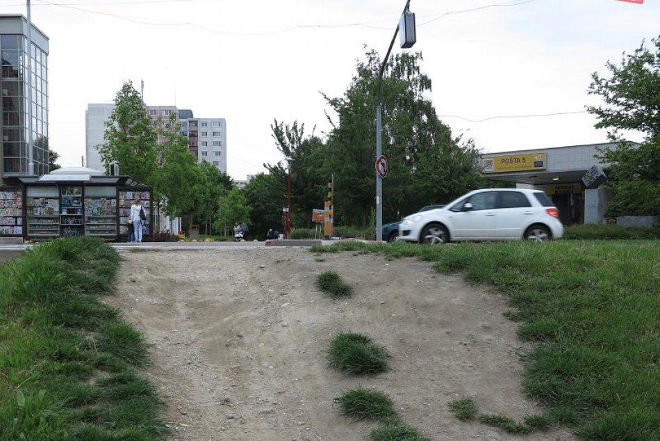 Chodník v Petržalke