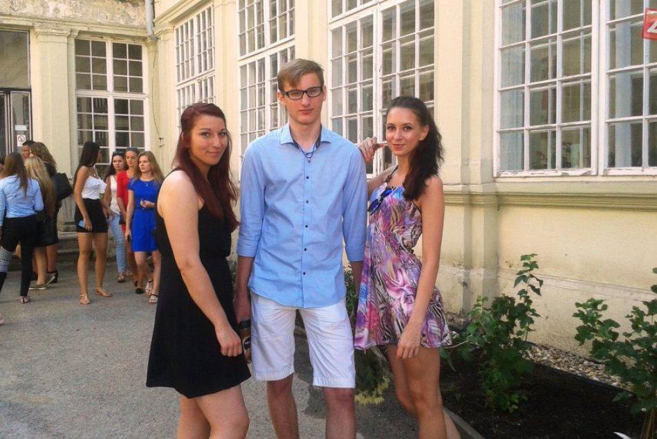 Fotografie z posledného školského dňa na priemyslovke v Košiciach
