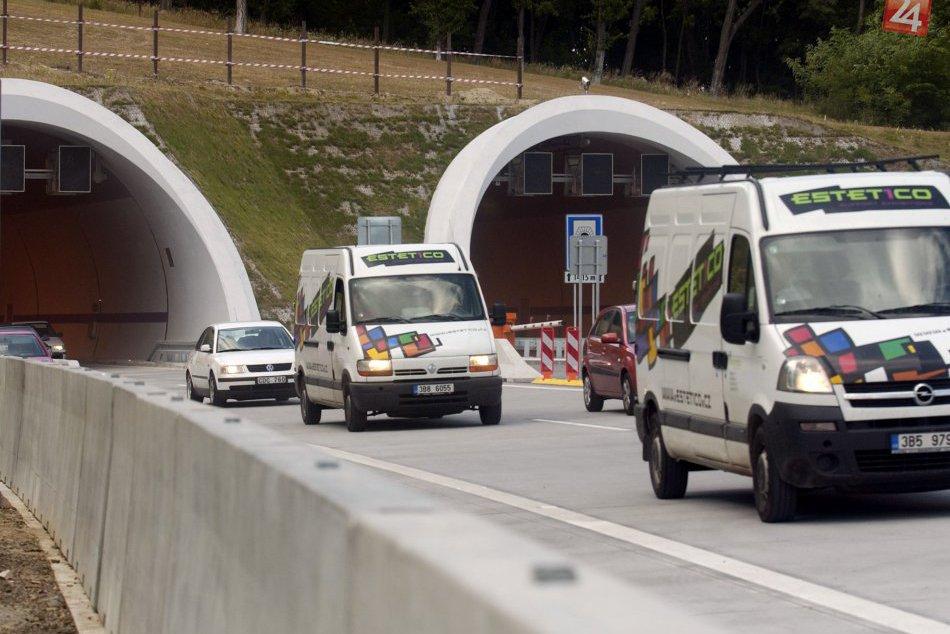 Obmedzenie v tuneli Sitina