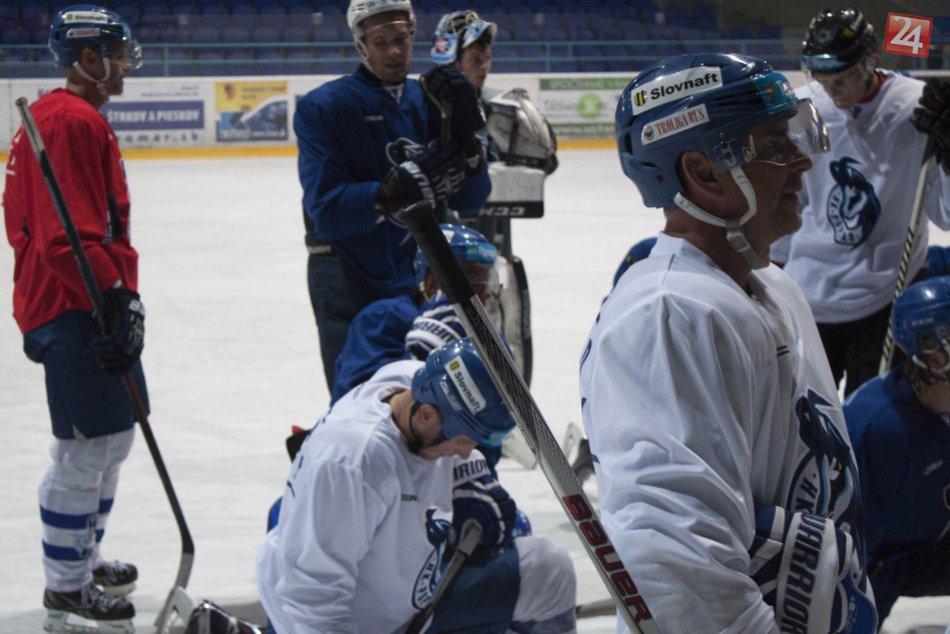 HK Poprad hokejoví kamzíci v príprave v SNV