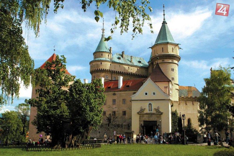 POTULKY PO SLOVENSKU: Hrady a zámky, ktoré si zahrali v rozprávkach