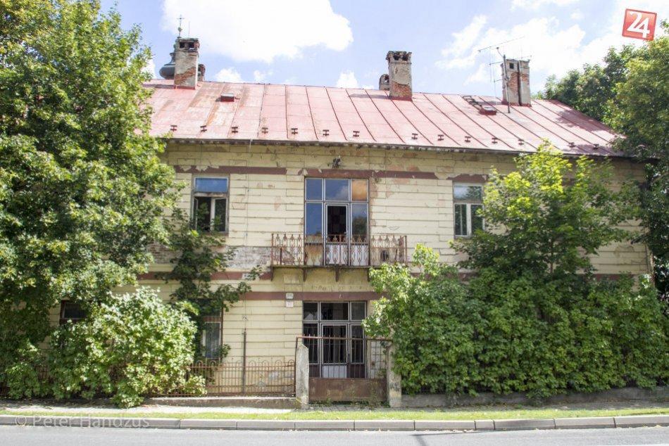 Schátraný dom vo Veľkej