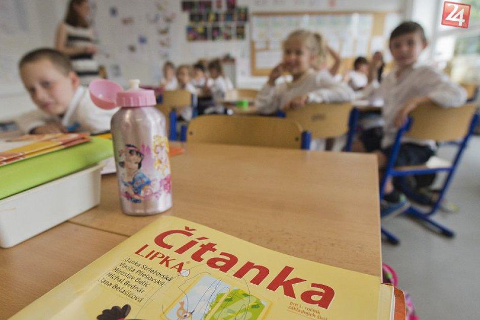OPÝTALI SME SA: Je začiatok školského roka veľký nápor na psychiku dieťaťa?