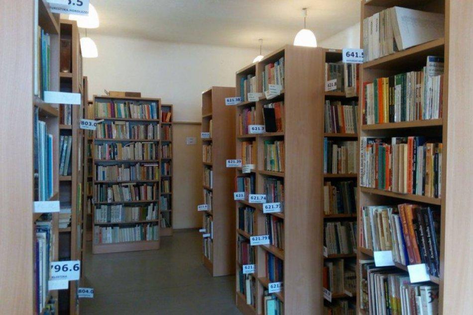 FOTO: Ruku na srdce, boli ste už v breznianskej knižnici?