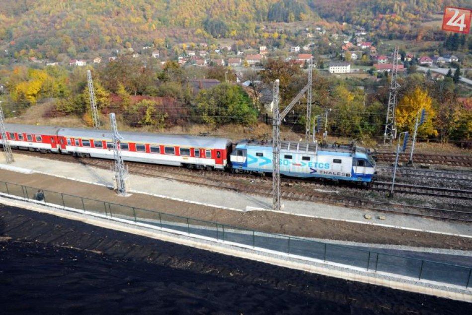 Železnica, vlaky - Slovensko