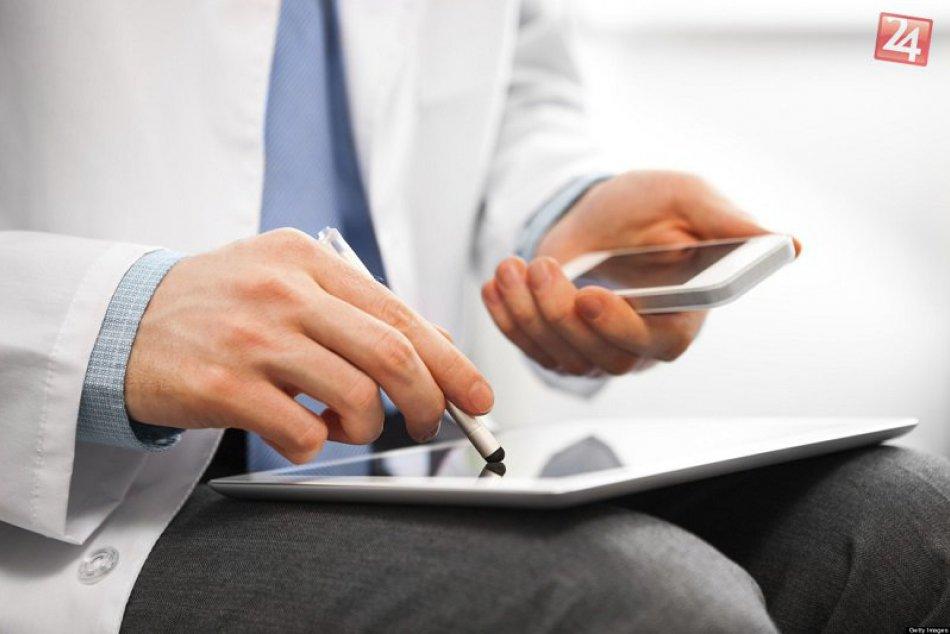 Pomôže elektronické zdravotníctvo pacientom, nebude im na príťaž?