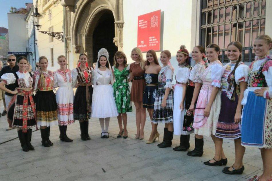 FOTO: Miss z Michaloviec a známy hudobník. Tvoria spolu pár!