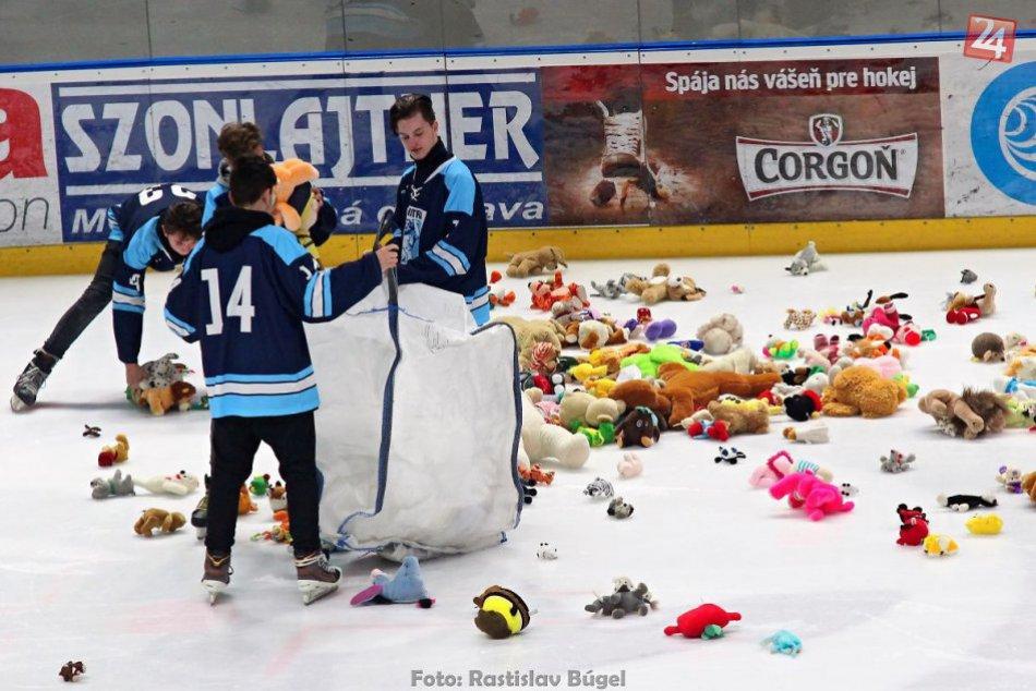 FOTO: Plyšáky na ľade v Nitra aréne 2016
