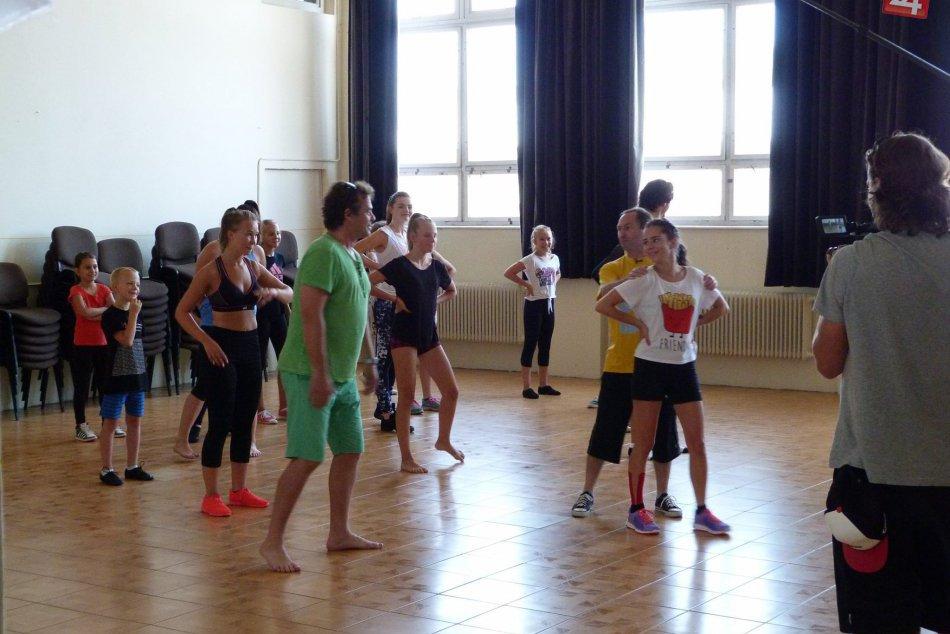 Tanečníci zo Šale oslavovali: Úspešne sa pretancovali k 22. výročiu