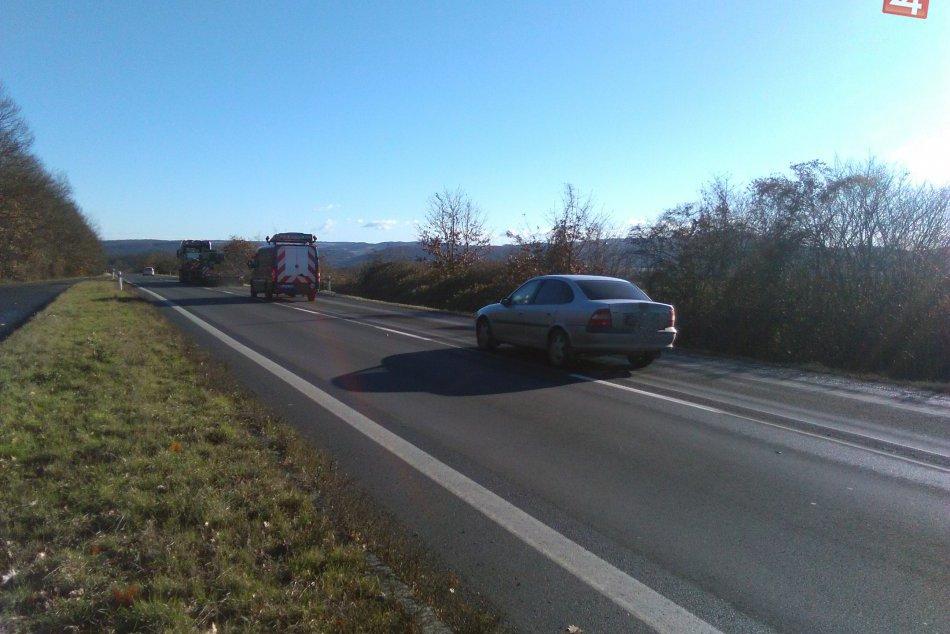 Zbrúsená cesta pri Lučenci má uľahčiť zimnú údržbu