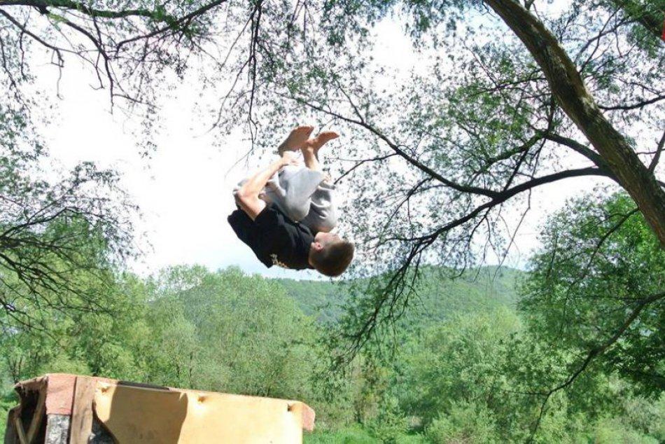 FOTO: Žilinčan Matúš a jeho akrobatické kúsky