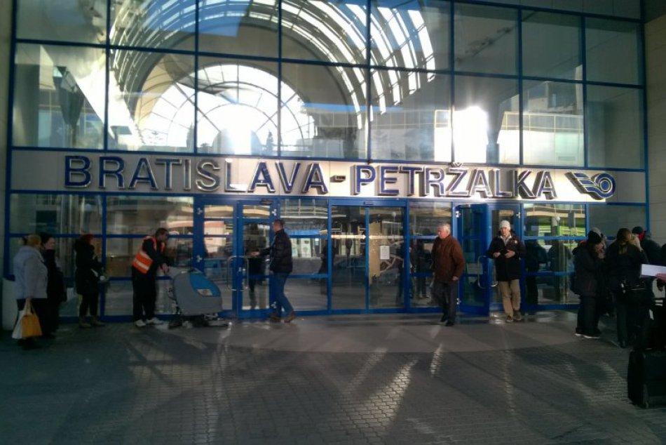 Železničná stanica v Petržalke