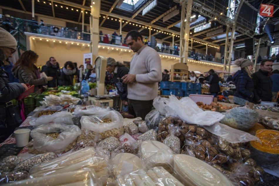 Vianočný Dobrý trh