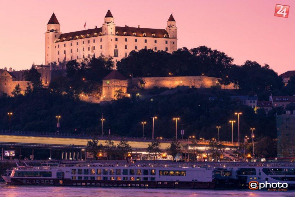 Bratislavský hrad objektívom Karola Srnca