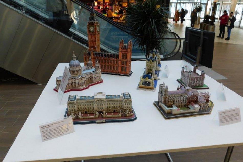 V OBRAZOCH: Známe svetové stavby v Lučenci