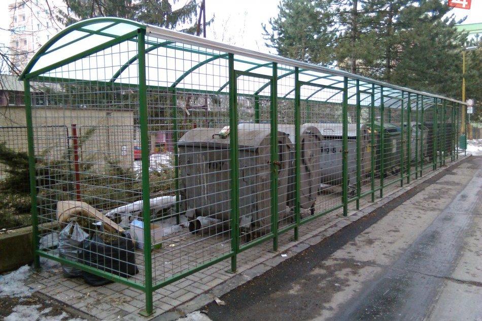 V OBRAZOCH: V Lučenci pribudli ďalšie kontajnerové stanovištia