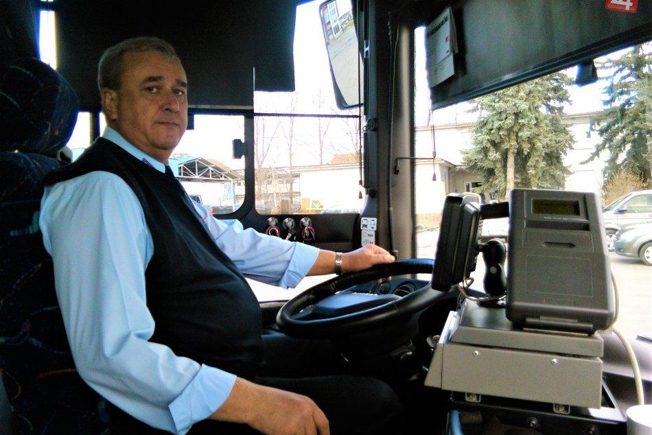V OBRAZOCH: Vodiči zažijú za volantom autobusu naozaj všeličo