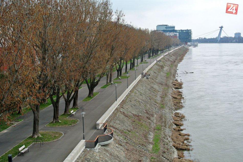 Dunajská promenáda marec 2017