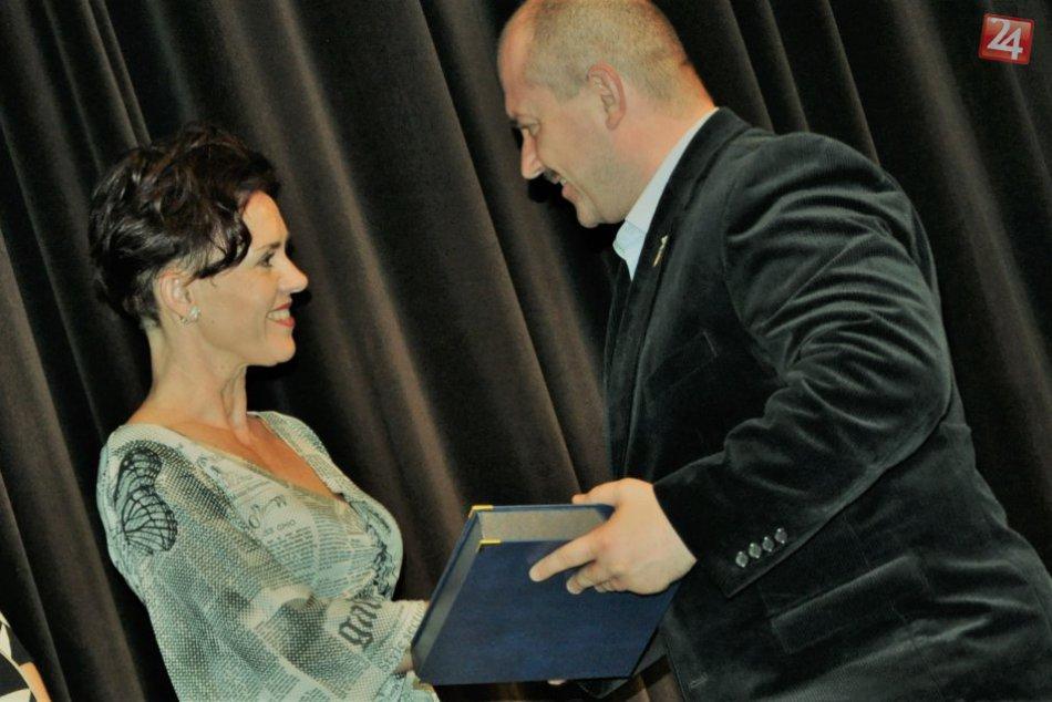 V OBRAZOCH: Lučenecké učiteľky získali významné ocenenia