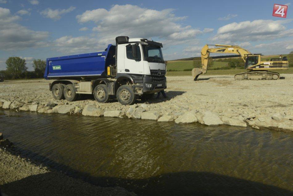 Aktuálna situácia na výstavbe diaľnice D1 - Budimír