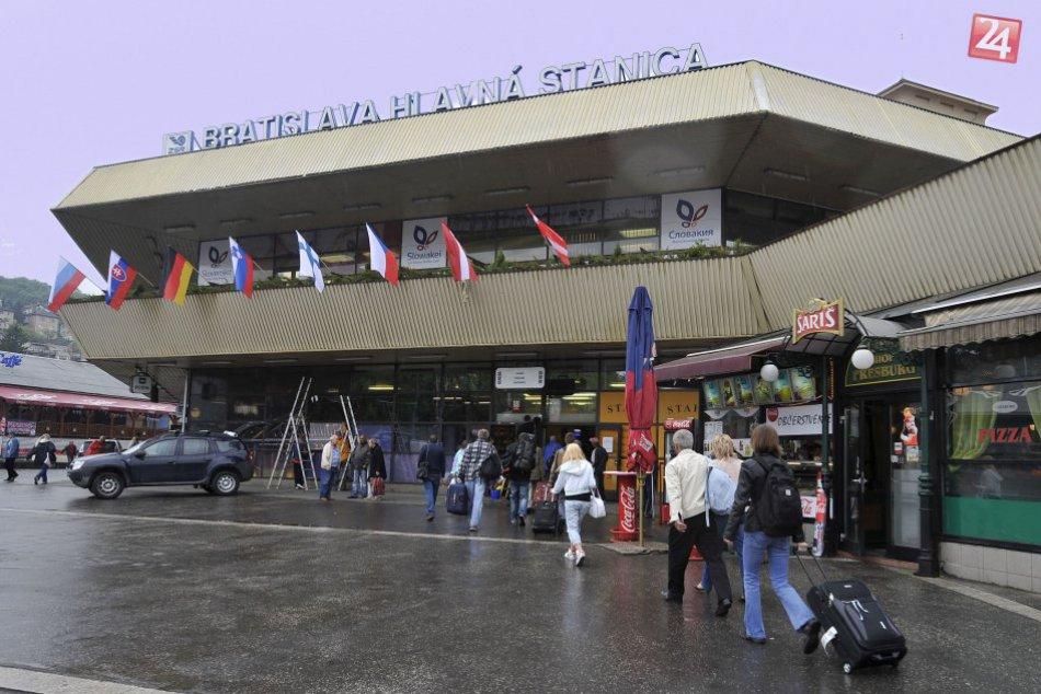 Vlaky a hlavná stanica