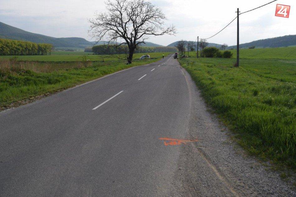 FOTO: Nehoda motocyklistu a maloletej osoby pri Trnave