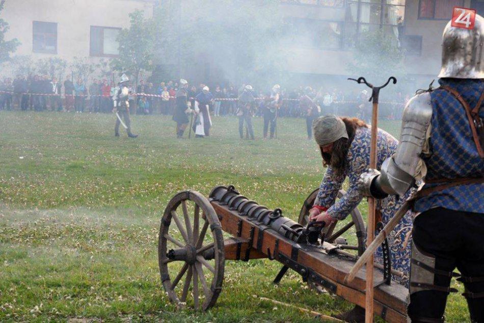 V OBRAZOCH: Skupina historického šermu Berezun