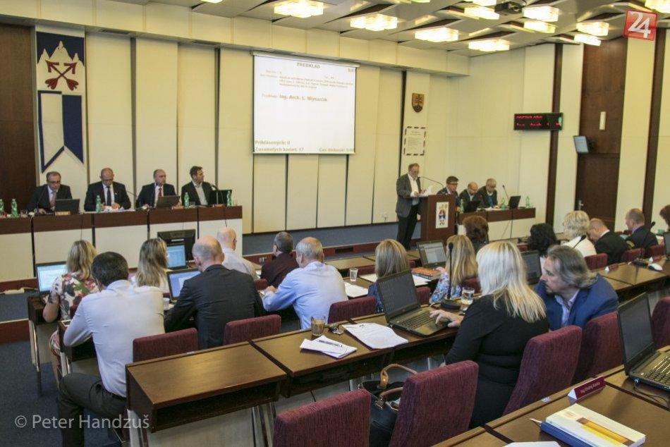 Popradskí mestskí poslanci sa po 2. krát stretli neplánovane
