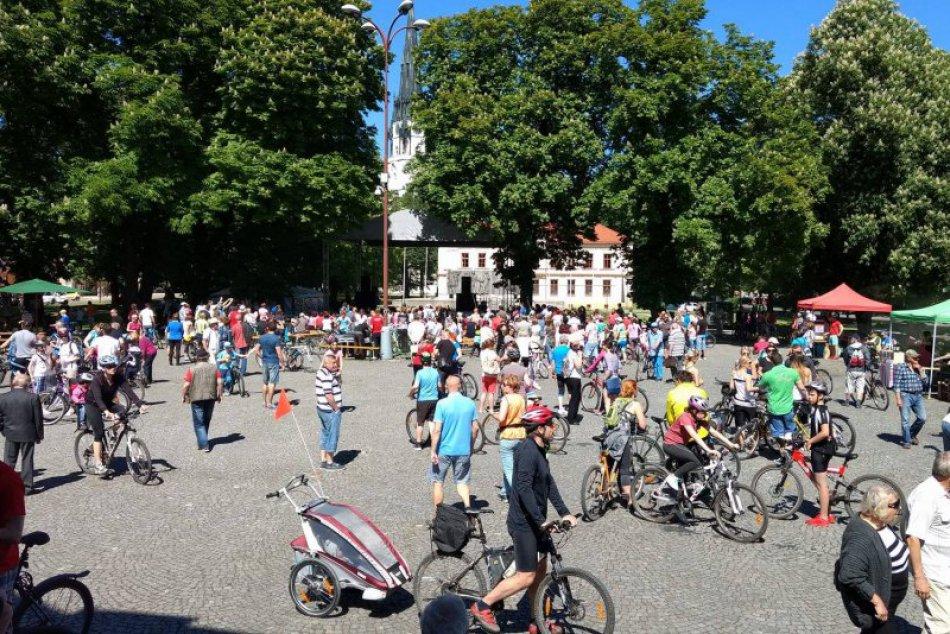 FOTOREPORTÁŽ: 700 cyklistov vytvorilo v Spišskej nový slovenský rekord