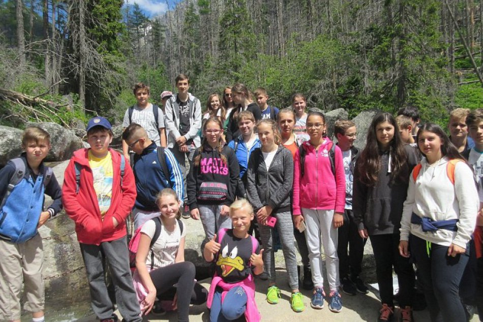 V OBRAZOCH: Revúcki školáci obdivovali krásu Tatier