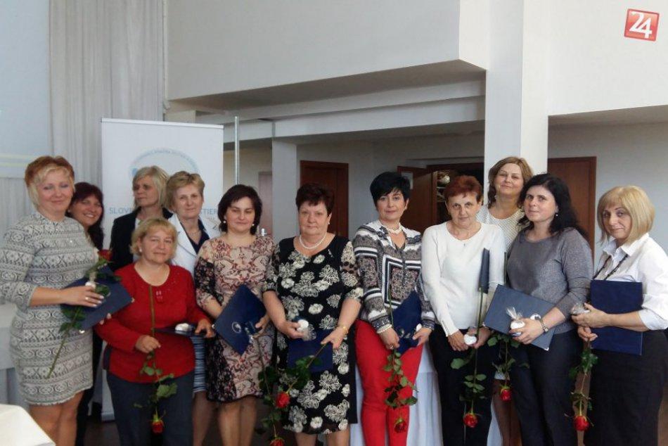 Dostalo sa im uznania za ich prácu. FOTO ocenených sestričiek v našom regióne!