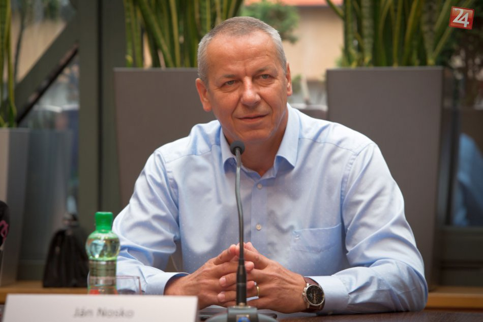 V OBRAZOCH: Lesk Dukly by mala prinavrátiť fúzia s Podbrezovou
