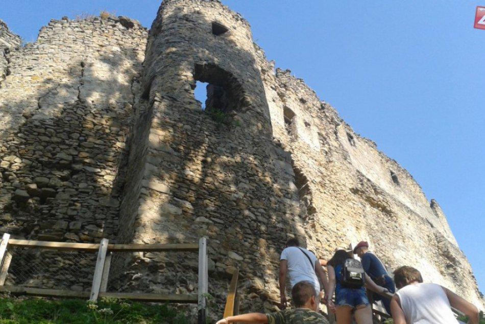 Vynovený Považský hrad: Zábery z jeho sprístupnenia