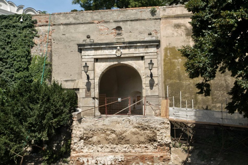 Minulosť našej dominanty: 10 najdôležitejších historickýh období Nitrianskeho hr