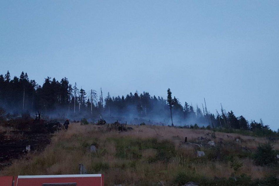 Obrazom: Foto priamo z požiaroviska