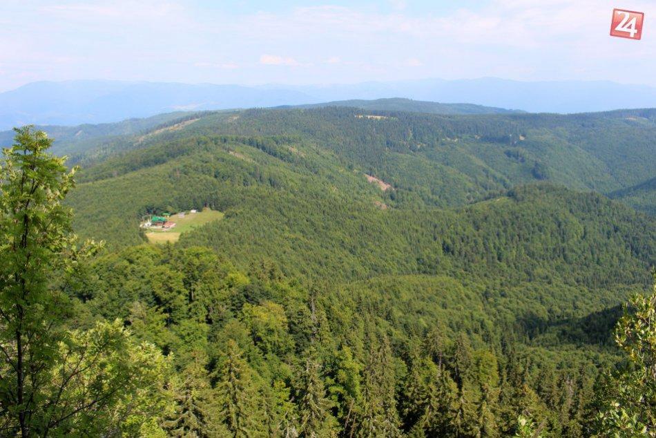 V OBRAZOCH: Nádhera z výšky Hrbu, geografického stredu Slovenska