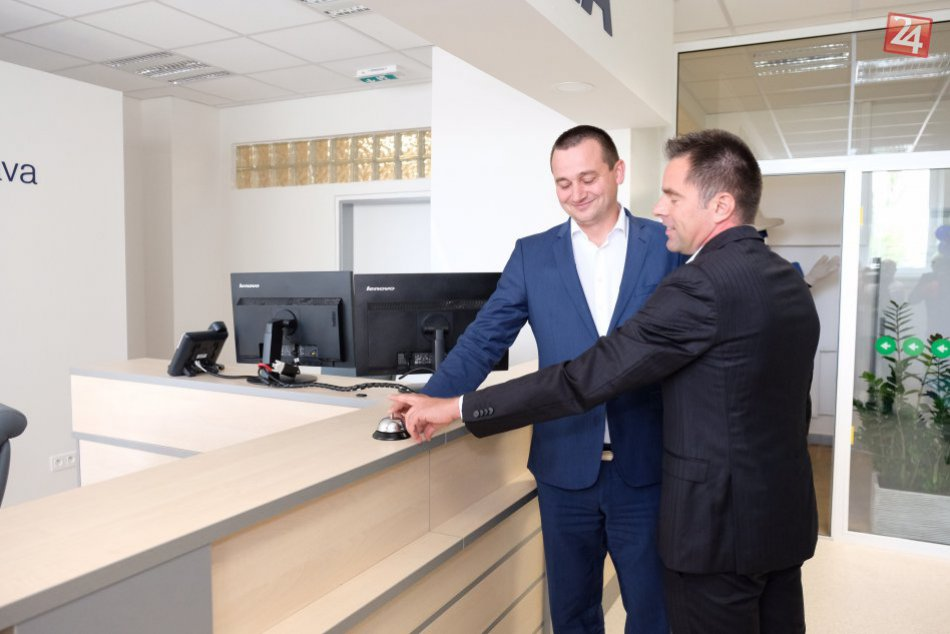 Obrazom: Otvorenie novej recepcie v rožňavskej nemocnici