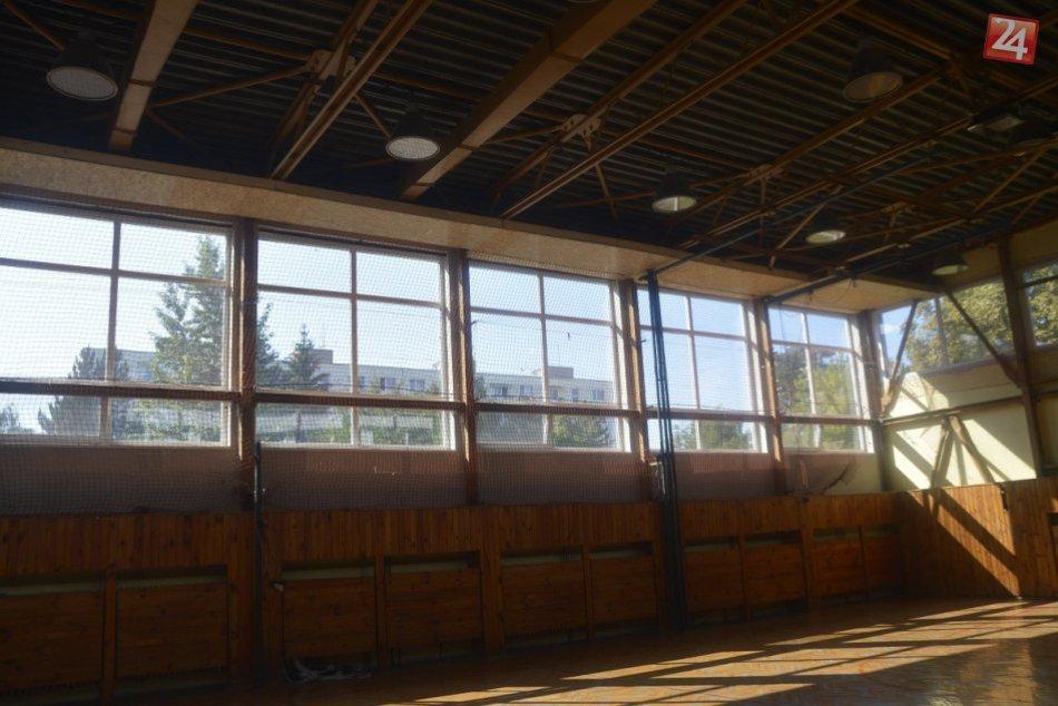 Základná škola Stred: Strecha telocvične sa musí po prepade opraviť