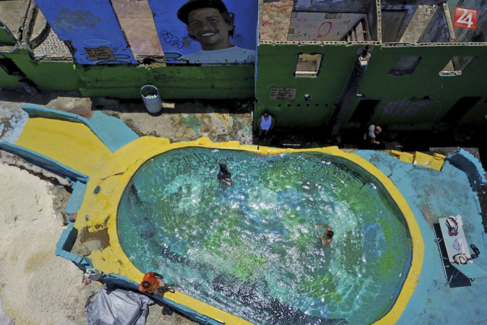 KURIOZITA DŇA: Miesto natáčania letného hitu Despacito zničil hurikán Mária