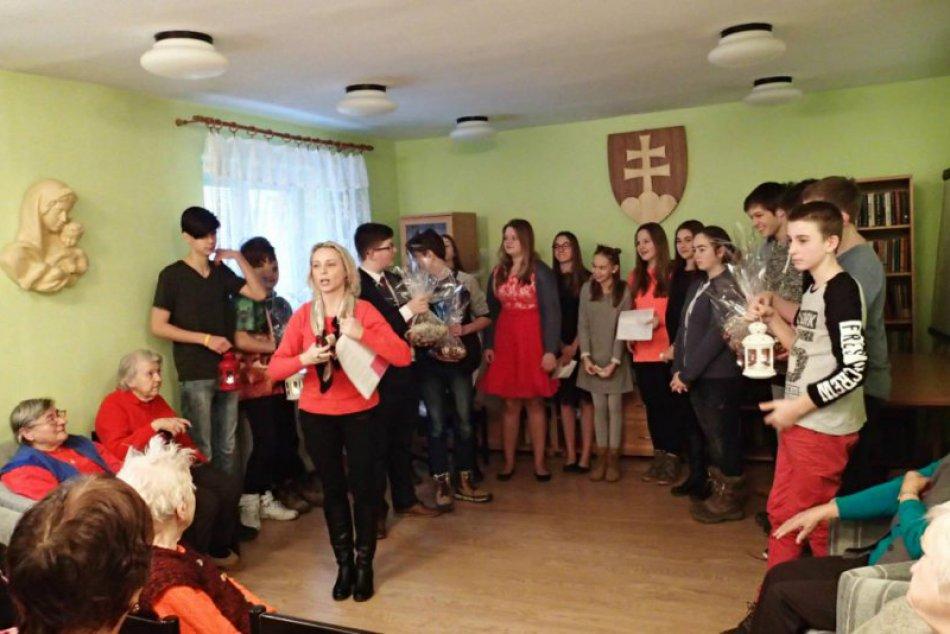 Žiaci z Považskej nominovaní na Detský čin roka: Pred Vianocami potešia seniorov