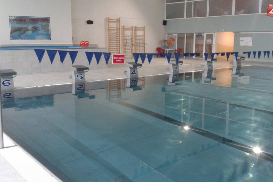 Považskobystrická plaváreň po rekonštrukcii: Vynovená bazénová časť aj sprchy