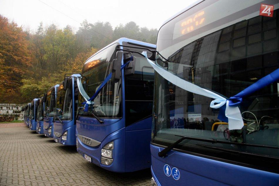 Nové prímestské autobusy aj v Považskej a okolí: Ako vyzerajú?