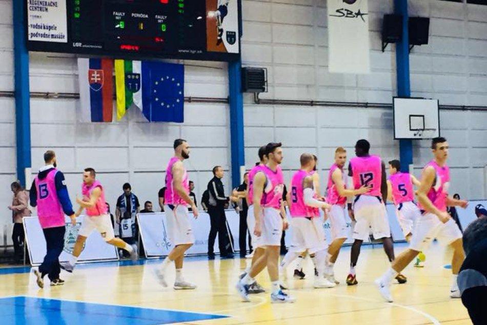 Basketbalisti Spišskej pomáhali deťom aj ženám.