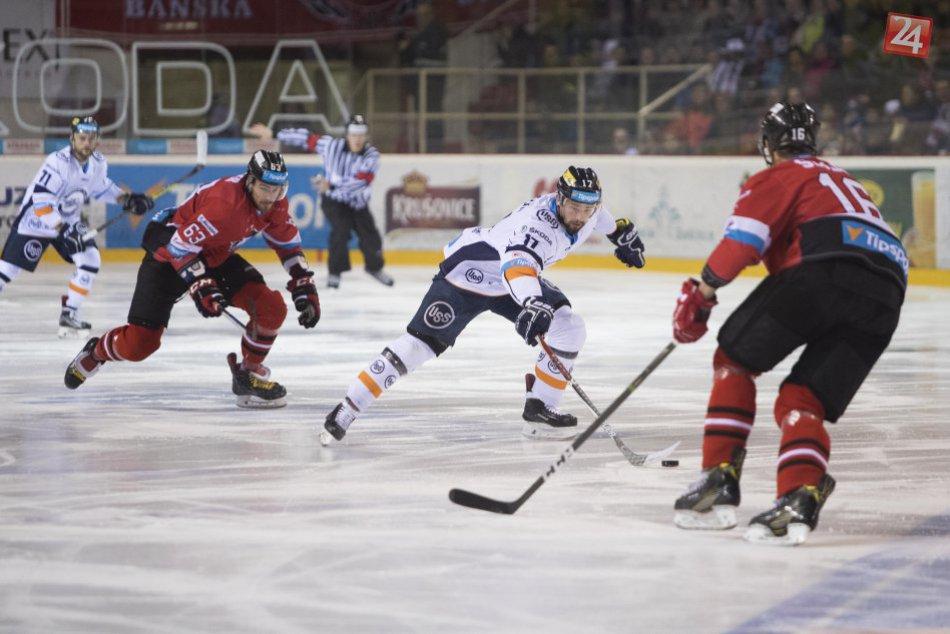 V OBRAZOCH: Bystrickí hokejisti opäť triumfovali. Doma zdolali Košičanov